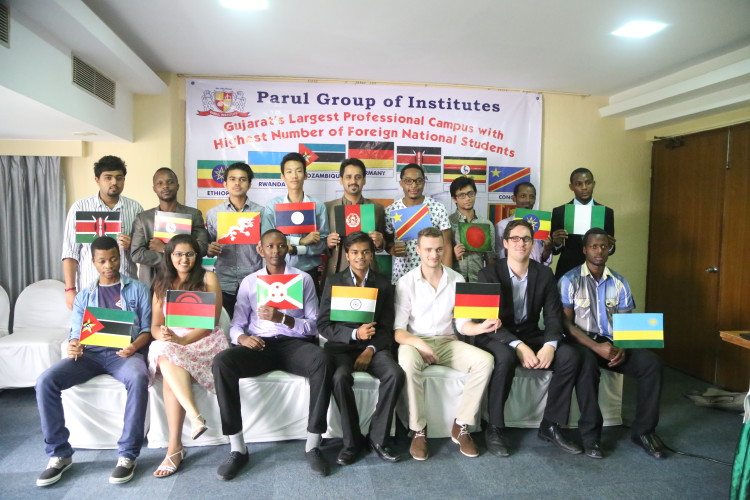 Group Photo : With Foreign Students at Parul University